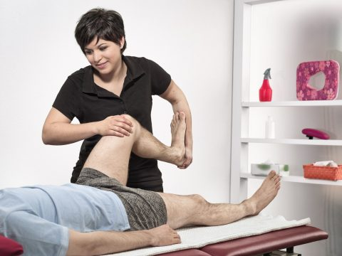 Physiotherapeut_in FH
