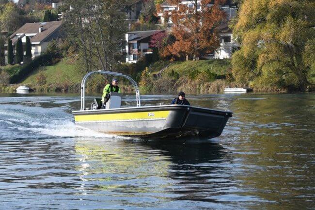 sanitätspolizei-bern-einsatzboot