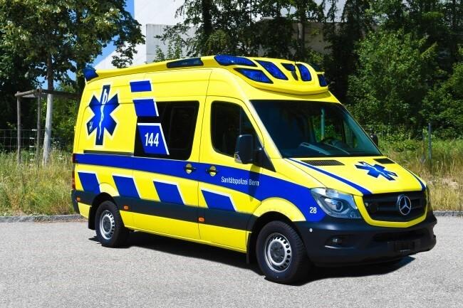 sanitätspolizei-bern-rettungswagen